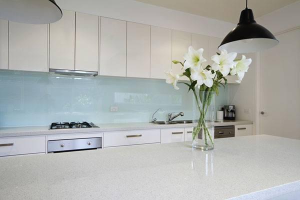 מסודר חיפוי זכוכית למטבח בזול, מחיר מבצע למטר! - המטבח שלי RL-15